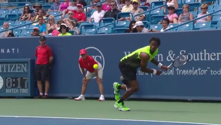 Video: Monfils Pirouettes, Hits Gorgeous Backhand Winner in Cincy