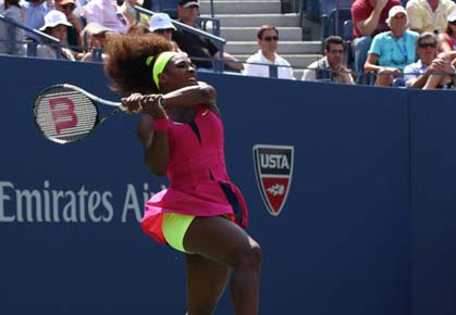 Serena Williams beats Andrea Hlavackova in the 2012 U.S. Open