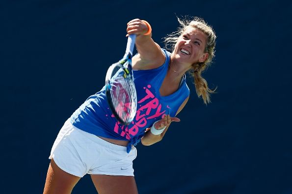 Victoria Azarenka Only Looking Forward After Tough Season