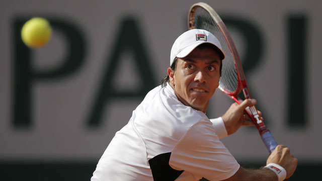 Berlocq Surprises Berdych to Win Portugal Open
