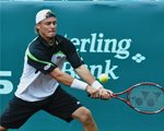 Lleyton Hewitt reach- 2009 U.S. Men's Clay Court Champion