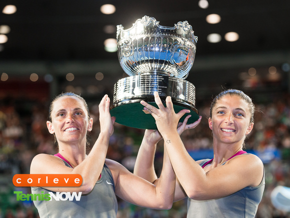 Errani and Vinci Earn Comeback Win to Defend Australian Open Doubles Title