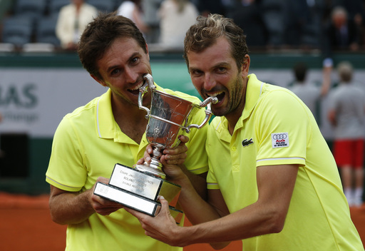 French Duo Capture Men's Doubles Title in Paris