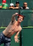 andy-murray-indian-wells-practice-shirtless-2
