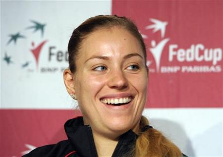 Kerber Books Germany Into First Fed Cup Final in 22 Years Against Czechs