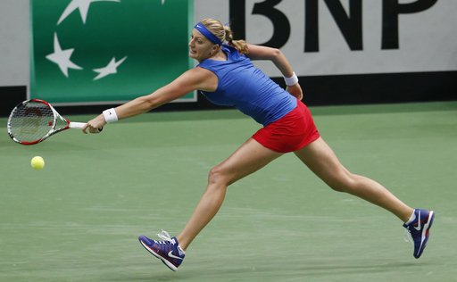 Czech Republic, Germany Seize Early Leads in Fed Cup Semis