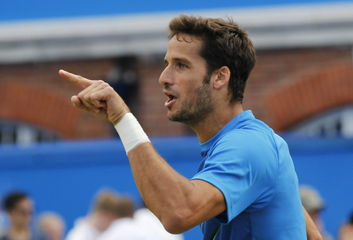 Dimitrov, Lopez Show Off Skills to Reach Queen's Club Final