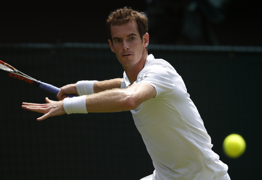 Murray Wins Opener to Start Wimbledon Title Defense