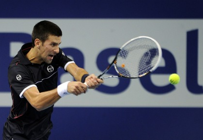 Novak Djokovic reaches the semifinals in Beijing