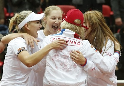 Russia Wins as Kvitova Keeps Czechs Alive in Fed Cup