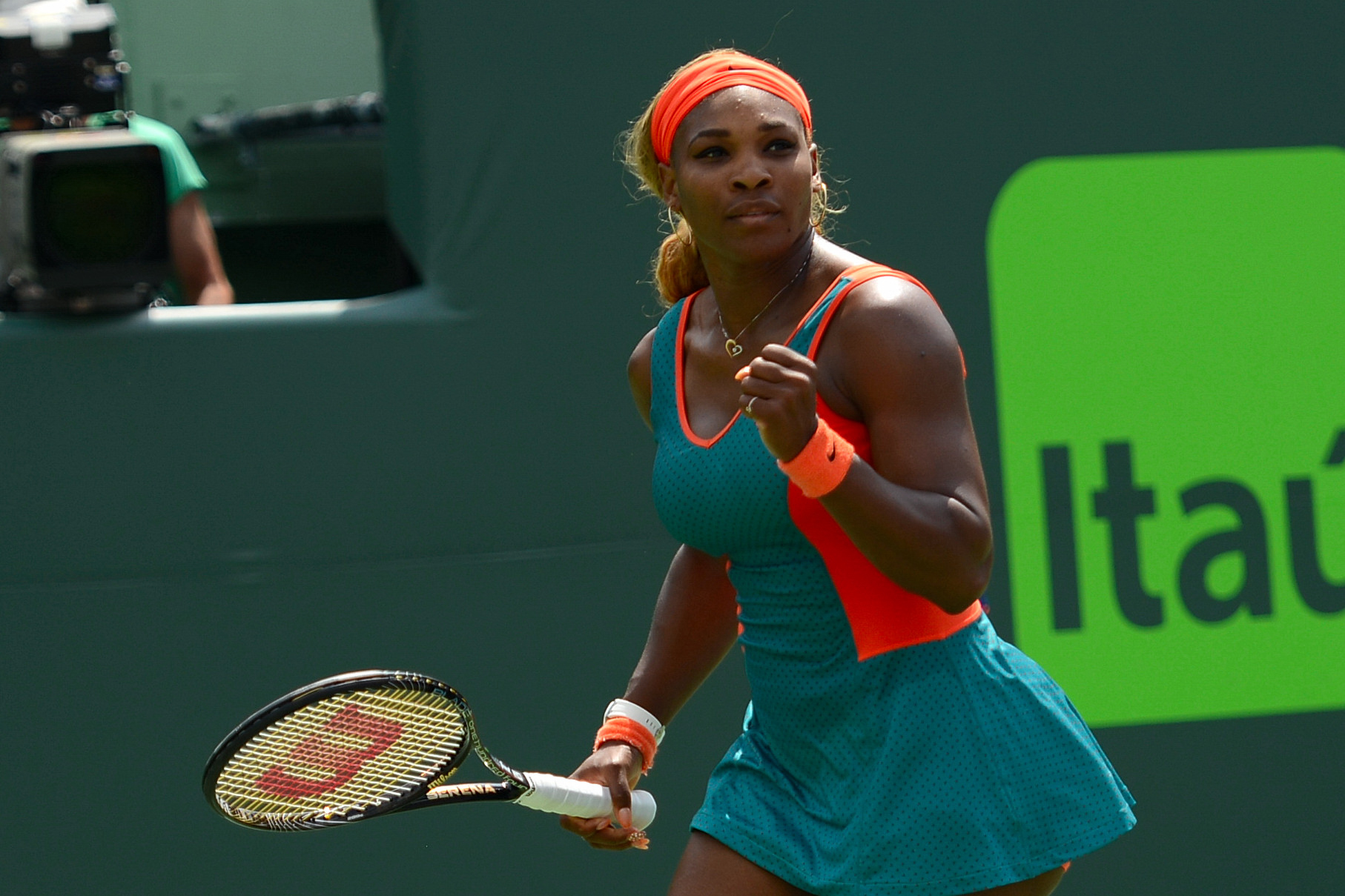 Serena Stops Sharapova To Go For Seventh Miami Title