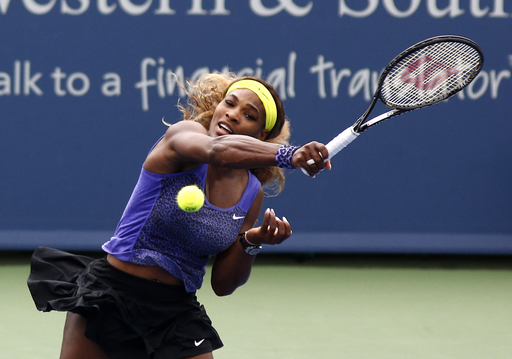 Serena Struggles Yet Prevails Over Wozniacki in Cincinnati Semifinals
