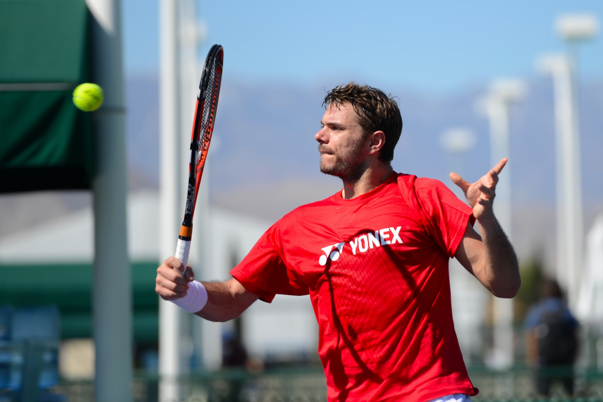 Wawrinka Wows as Federer, Murray Earn Shaky Wins at Indian Wells