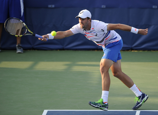 Top Seed Bercych Rolls as Johnson Upsets Isner in D.C.
