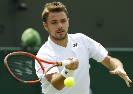 Wawrinka Avoids Same Fate as Paris with Wimbledon Opening Win