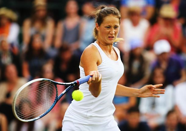 Jovanovski Shocks 8th-Seeded Azarenka