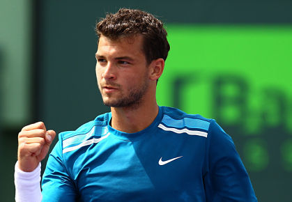 Video: Dimitrov Hits A Tweener Winner...TWICE