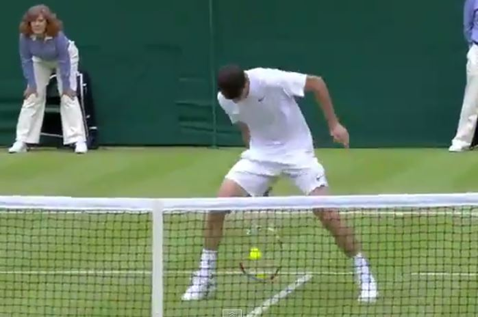 Video: Dimitrov Hits Ridiculous Tweener Volley vs. Mayer