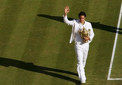 Fed at Wimbledon, with Trophy