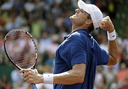 John Isner Wins Houston Title, 2013