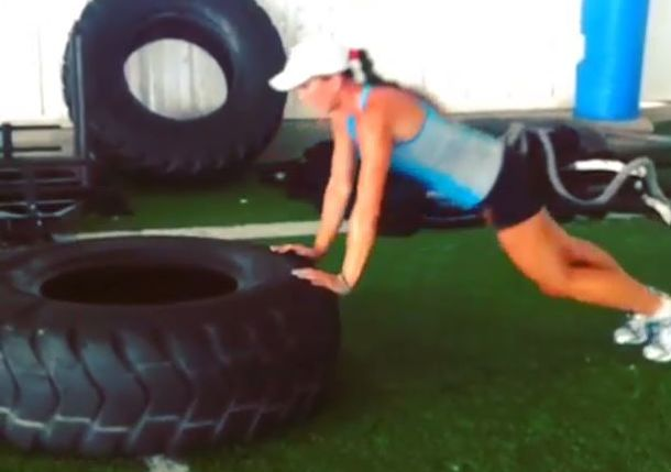Jelena Jankovic pushup screen cap