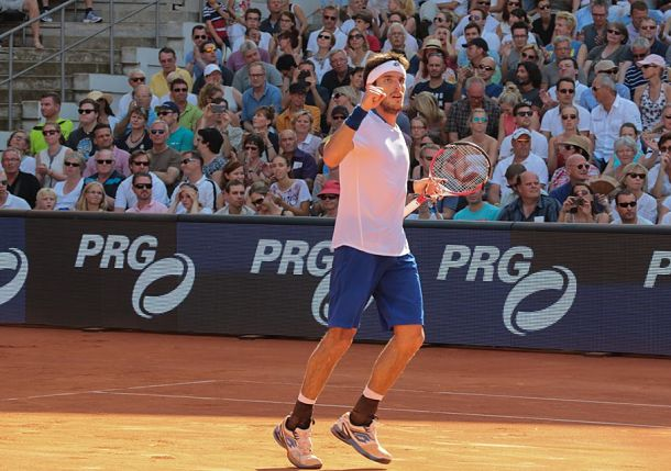 "Video: Leonardo Mayer Hits a ""Scorcher"" Past Ferrer in Hamburg Final"