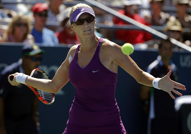 Mirjana Lucic-Baroni Stuns Second-Seeded Halep