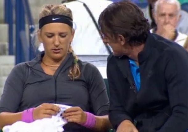 Video: Azarenka Curses Her Aching Foot During Talk with Sam Sumyk