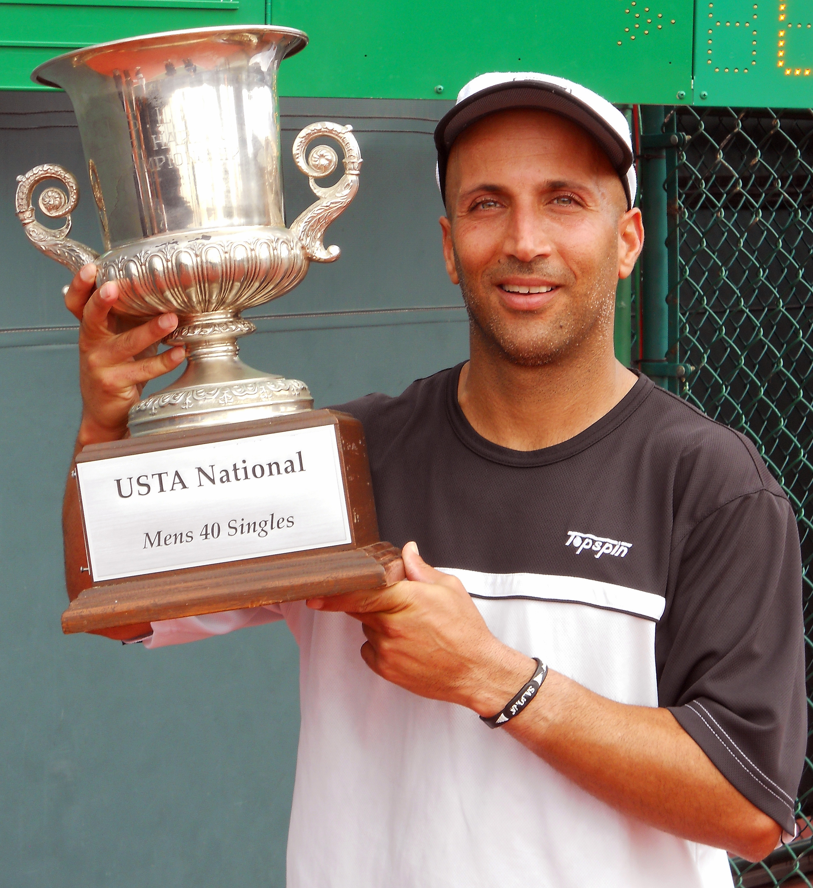 Oren Motevassel wins 2012 USTA National 40 Hard Courts