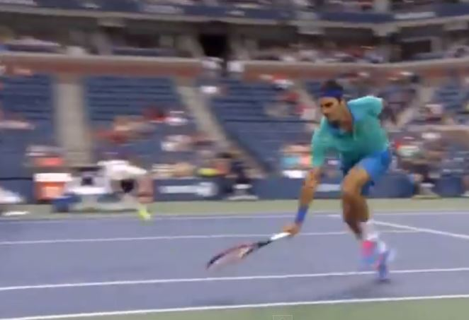Video: Federer Defies Geometry vs. Granollers on Day 7