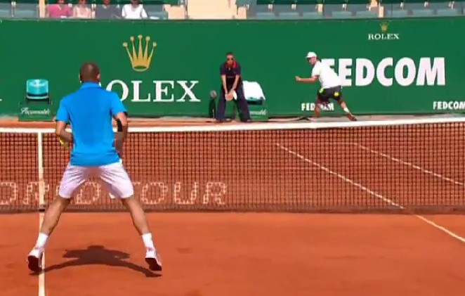 Video: Seppi Shaves the Line with a Tweener against Youzhny in Monte-Carlo