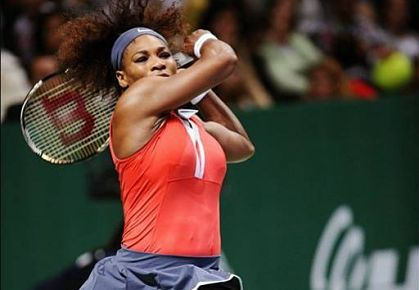 Serena Williams routs Victoria Azarenka in Turkey