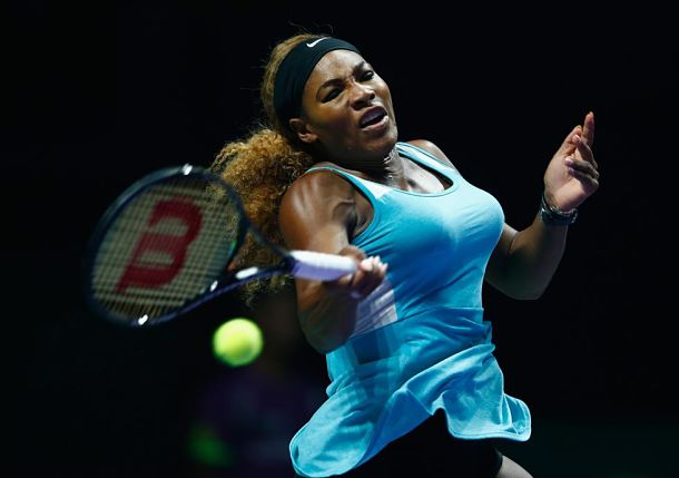 Serena Williams Opens WTA Finals with Win over Ivanovic