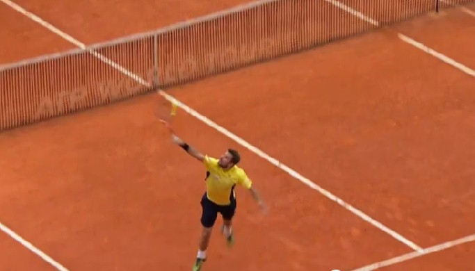 Video: Stanimal Takes out the Carving Knife against Federer in Monte-Carlo