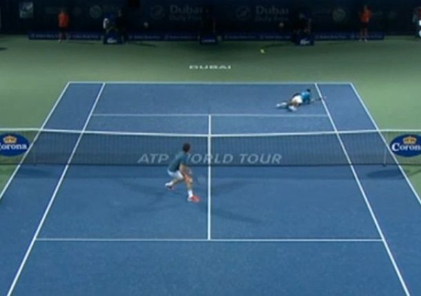 Video: Stepanek Hits a Ridonkulous Diving Lob to Riddle Federer in Dubai