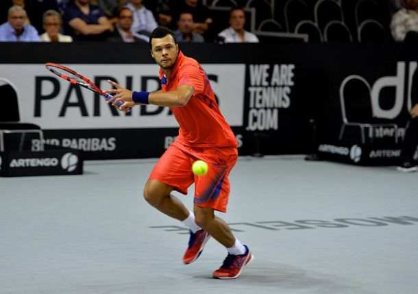 Tsonga Sets All-French Final with Simon in Metz