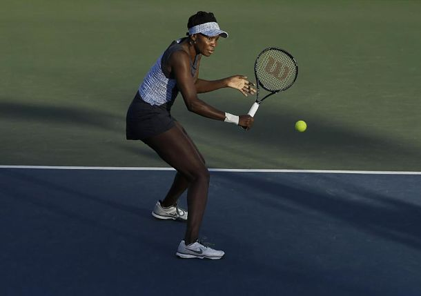 Venus Williams Knocks Off Azarenka, and Knocks Her Out of Top 10
