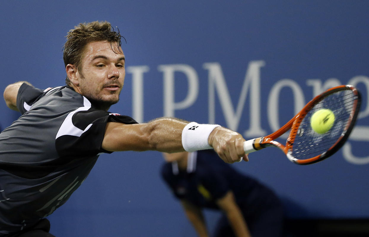 Wawrinka Tells Fan to Shut Up During Win over Bellucci