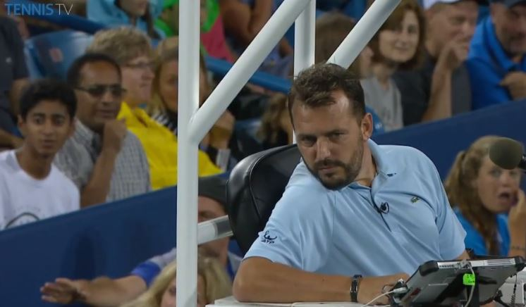 Watch: Umpire Dumusois Gives Andy Murray Death stare