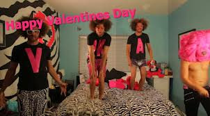Redfoo's Valentine's Day Gift For Azarenka