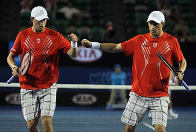 Bryan Brothers, Wozniacki team up with EFactor