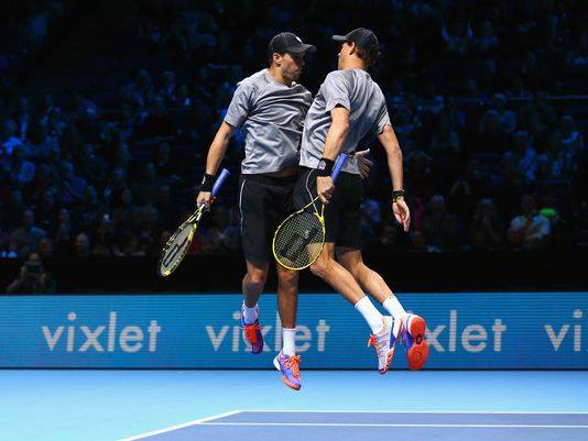 Bryan Brothers Ease Into London Doubles Final