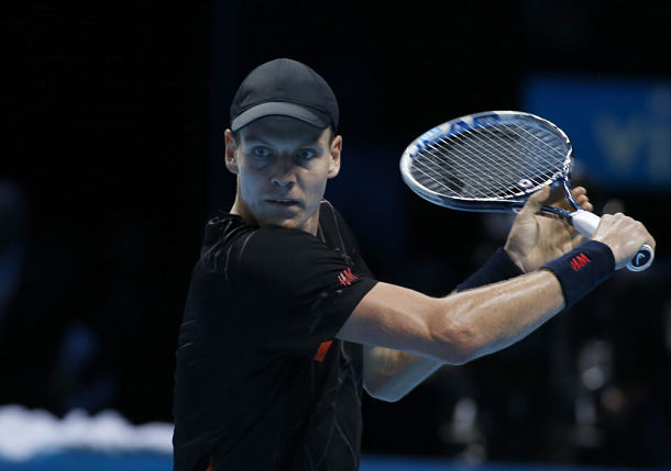 Berdych Bulldozes Cilic to Keep Hope Alive
