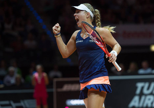 Kerber Outduels Wozniacki in Stuttgart Final For 11th Straight Win