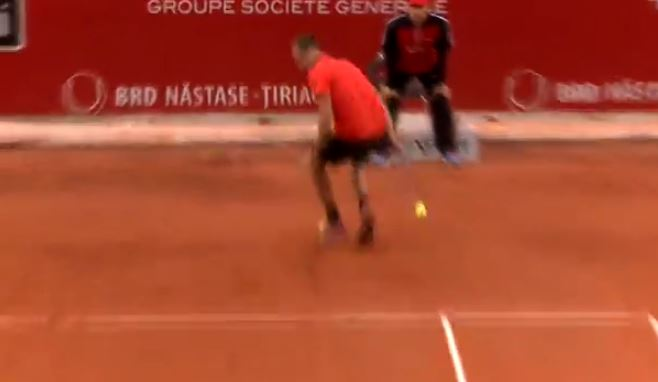 Romania's Copil Fills Dimitrov's Shoes with Circus Shot in Bucharest