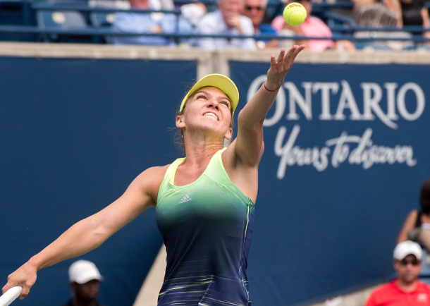 Halep Rallies Past Radwanska Into Toronto Semifinals