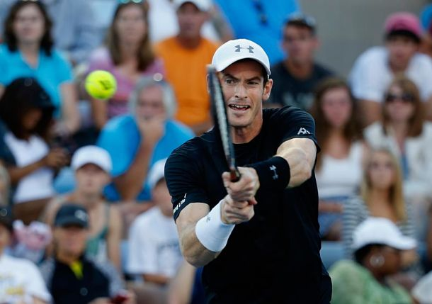 Murray Relies on Defense, Tact to Steal One from Dimitrov