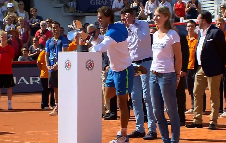 Nadal Gets His Style Cramped in Hamburg