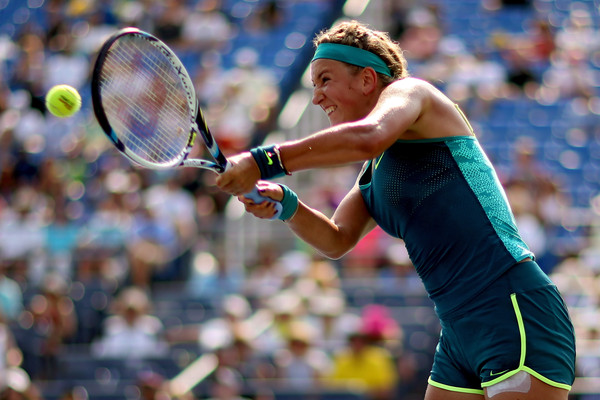 Azarenka Chastises Ump During First-Round Win