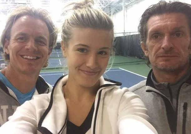 Media Mash: Sam's Serious Selfie, Freezing Sharapova